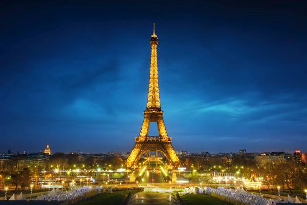 eiffel tower Paris Europe all-inclusive holiday packages